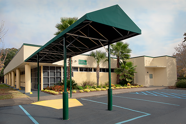 surgical facilities used by Dr. Lowrey King of The Retina Center of Charleston